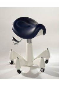 Pluto LE Saddle Stool